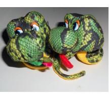 Змея на присоске